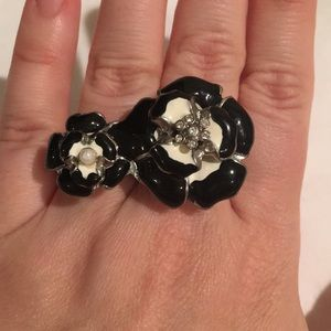 Flower two-finger ring-sz7-8